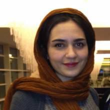 مونا احمدی -